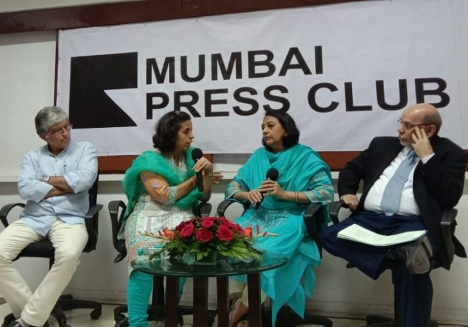 Jammu-based Journalist Anuradha Bhasin, editor of 'Kashmir Times' in conversation with Nirupama Subramanian, Resident editor of 'Indian Express' – on the conditions faced by media persons & the implications on the flow of information after a lock down condition in Kashmir for more than 40 days – at Mumbai Press Club on 19 th September 2019. Also Present – Aspi Chinoy Constitutional Lawyer, Kashif Khusro Independent Journalist.